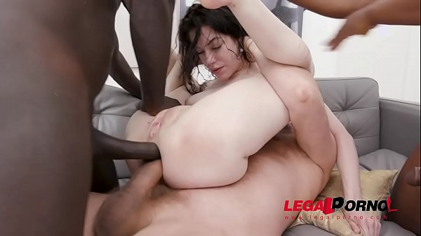 Anna Deville anal and DAP with 0% pussy and piss drinking SZ2479