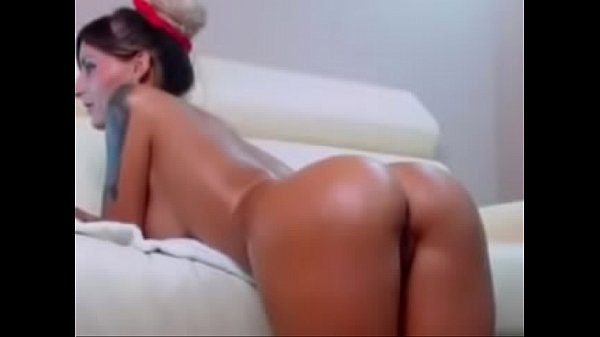 Mia from CamTeenWatch.Me is the hottest!