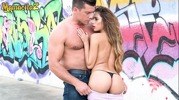MAMACITAZ - Ramon Nomar Slam His Tiny Girl Baby Nicols Outdoor