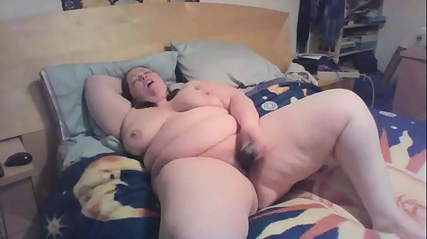 22 yr old bbw on bed having an orgasm of her life - www.bbwcamsnow.com Thumb