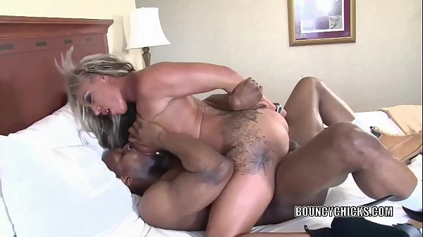 Busty blonde Brooke Jameson gets nailed with a black cock Thumb