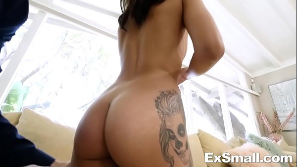 Видео порно секс со служанкой