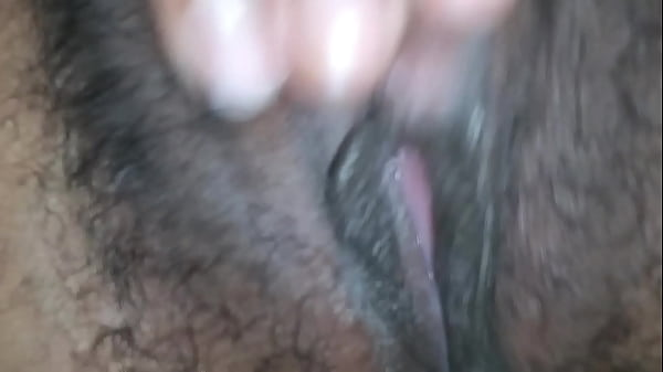 Beautiful 22 yo GF spreads her tiny pussy Thumb