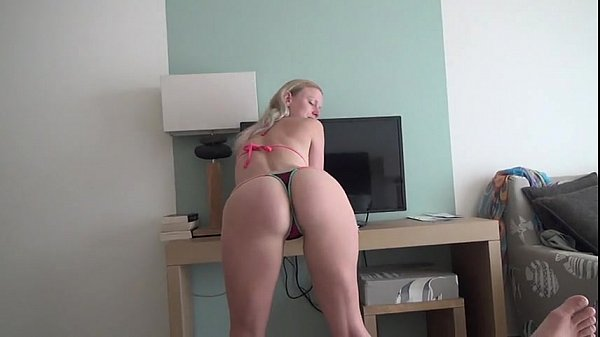 She wants to fuck in Hotel room [ More Videos : yellowsemen.com ]
