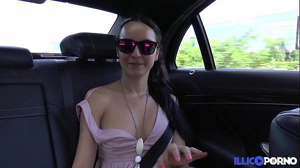 Francys débarque à Paris et se fait baiser dés son arrivée [Full Video]