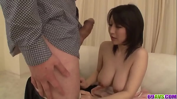 Yuuna Hoshisaki tries cock the hard way
