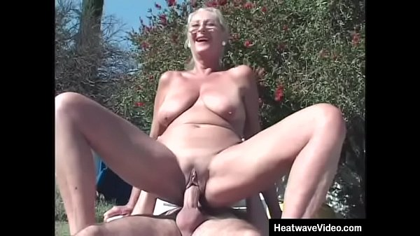 Old lady fucks in backyard by the pool Thumb