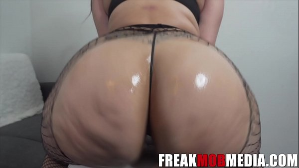 Alycia Starr The Booty Queen Riding Dick