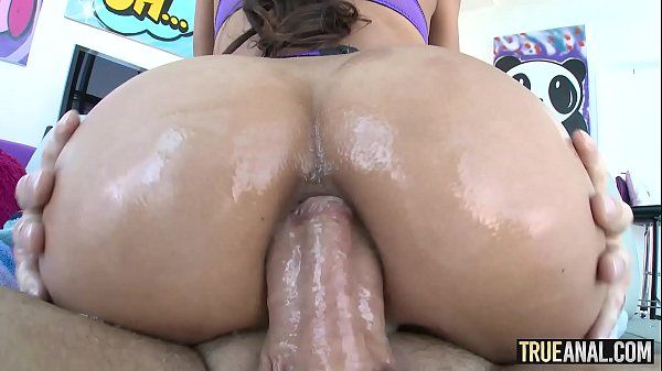 TRUE ANAL Gaping Chloe Amours delicious bubble butt Thumb