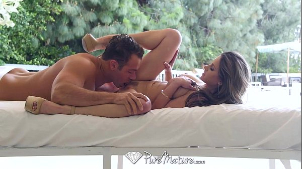 PureMature - Hot MILF Rachel Roxxx oils up by the pool Thumb
