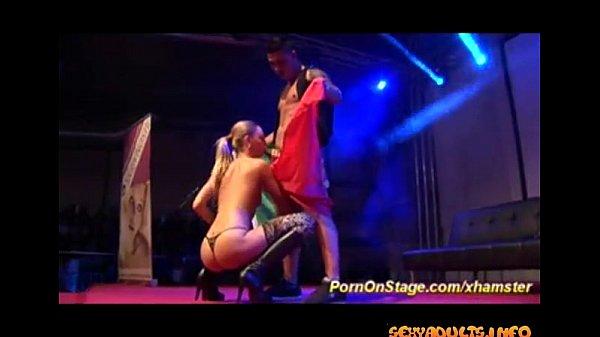 Порно видео лучшее пышнозадая зрелая сучка насадилась на член сверху