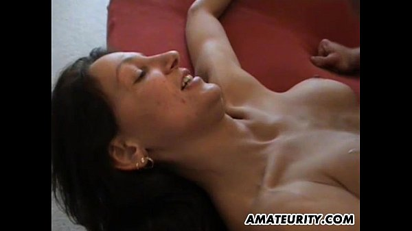 Amateur mom with big tits in action on her bed Thumb