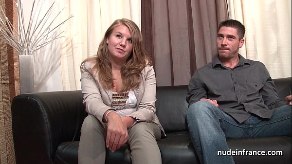 Premier casting Nude in France et baise pour Samantha, 20 ans