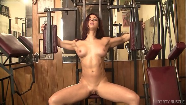 Sexy Fit Redhead with a Fantastic Ass and Huge Clit Masturbates
