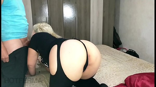 Blue eyed blonde sucking her nephew's cock until he cums Thumb