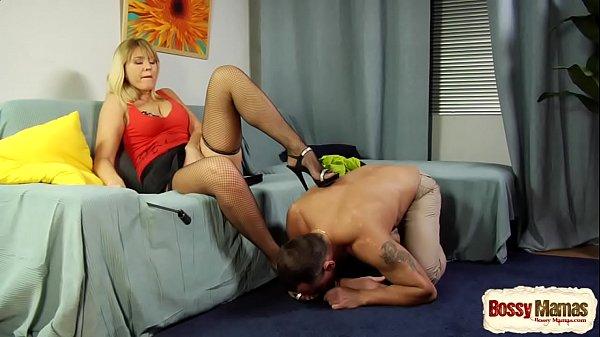 Bridget Mom Makes Lick