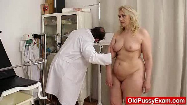 Blond-haired chubby milf explored by cunt doctor Thumb