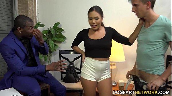 Mena Suvari Ass: Mena Mason Takes A Black Cock To Get A Loan