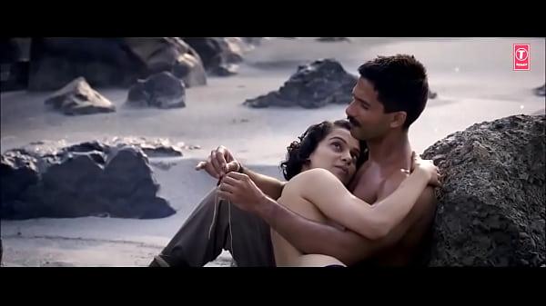 Kangana Ranaut Topless nude scene Thumb