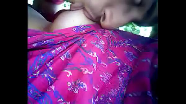 Desi Girl Boobs Suck Leaked