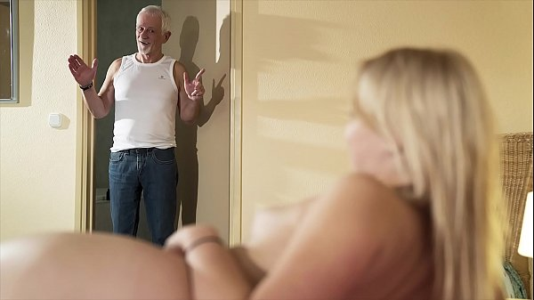 Hello grandpa please fuck my pussy and let me swallow cum Thumb