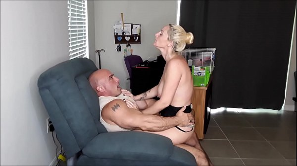 Natalie gets me off then she has an orgasm