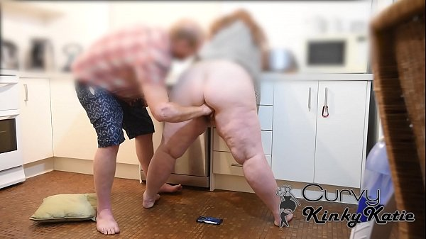 BBW MILF GUSH SQUIRTS ALL OVER CAMERA FROM FING...