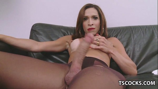 Monster cock shemale masturbation