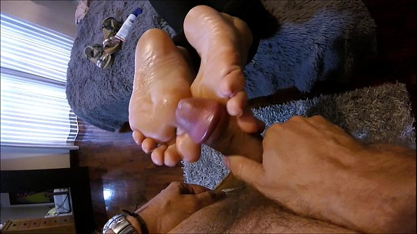Footboy Didn't Last. Blopper Or Quicky?