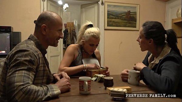 Perverse Family - Sandra´s Sexy Service Teaser