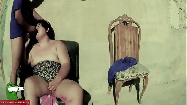 Порнушки умственно отсталый порно брюнетку кустах порнуха