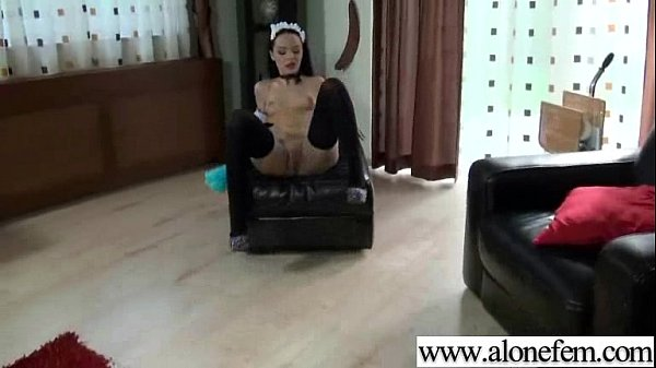 Amteur Sexy Girl Having Sex Toys Pleasure On Cam vid-15
