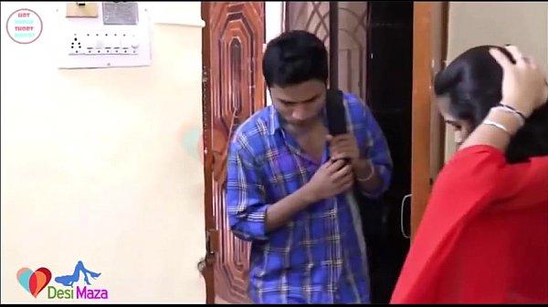 Bhabhi Hot Sex: Hot Shruti Bhabhi Romancing Bra Seller