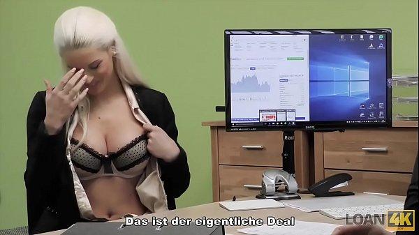 LOAN4K. Die arme und wunderschöne Verkäuferin hat wilden Sex mit Fremden