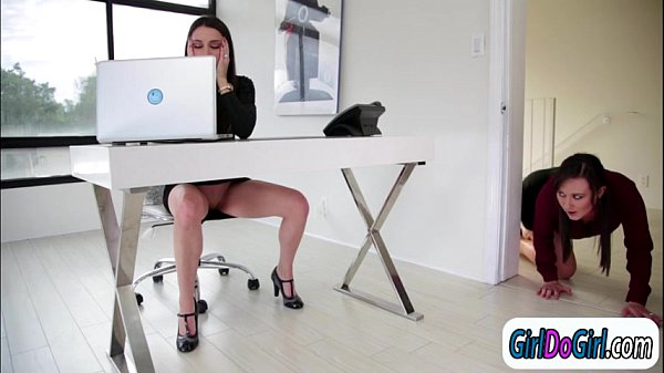 Georgia Jones is licked at the office by colleague Sinn Sage
