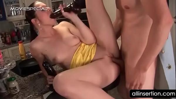 Девушка транса трахаеть девушку
