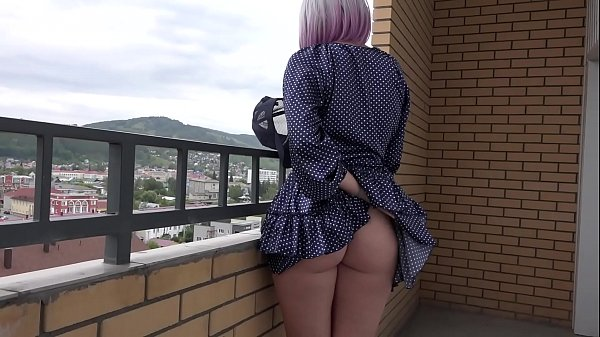 Spying under a skirt. A blonde with a juicy PAWG and hairy pussy loves to go without panties. Amateur fetish. Thumb