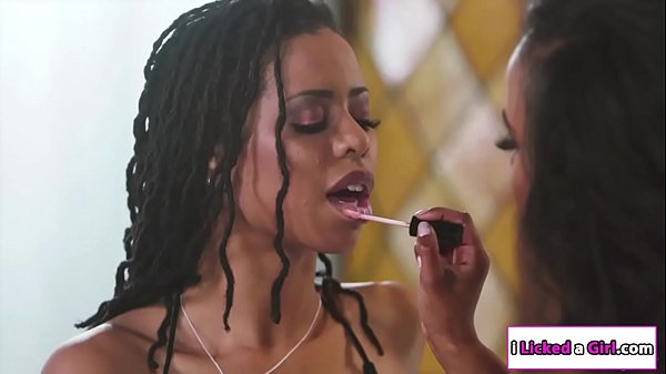 2 black babes eating each others pussy  thumbnail