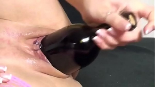 Bottle fuck Thumb