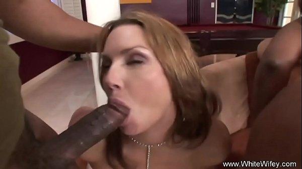 Анальный групповой секс с неграми смотреть