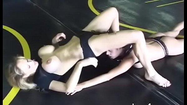 Порно баба с пенисом