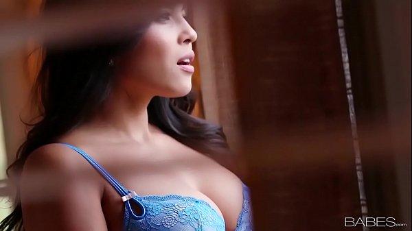 Порно видео sara