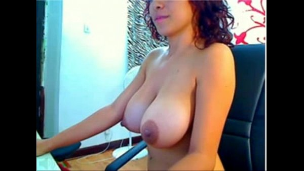 Big Natural Tits Latina on funcamsxxx.com