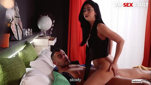 VIP SEX VAULT - (Julia De Lucia & Antonio Ross) Ejaculation Control Tutorial With A Sexy Romanian Brunette Thumb