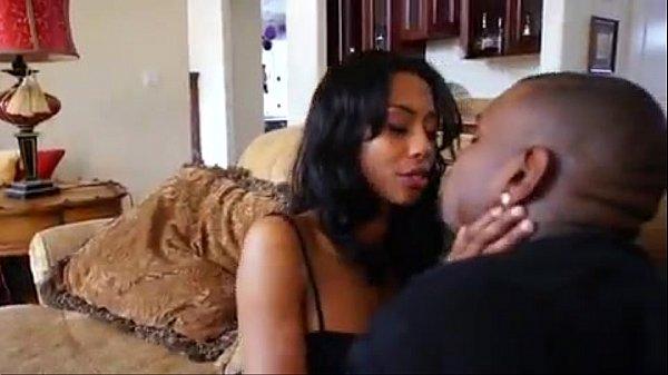 Porno Slim moglie tradisce marito