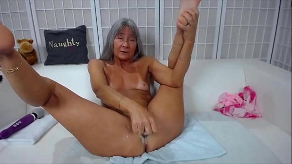 Lesbica porno con macchine
