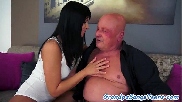 Видео эротика большая грудь натуральная