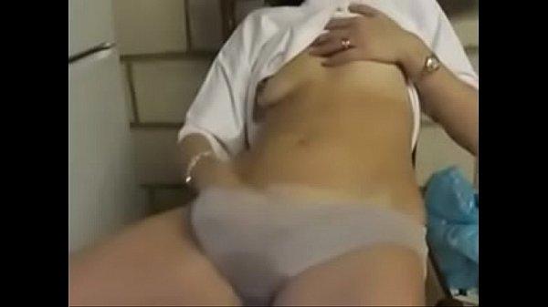 Порно онлайн японка кончает врибратором