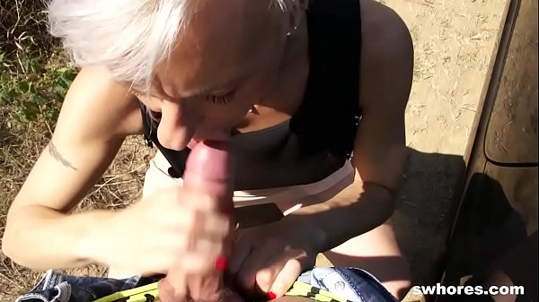 Mature euro prostitute gets picked from the street and fucks Thumb