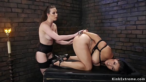 Lesbians anal toying and fucking Thumb